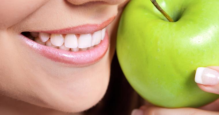 Dr Luu Describes advantages of cosmetic dentistry procedures