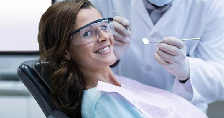 Visit Azusa area dentist Dr. Brianne Luu for tooth extractions