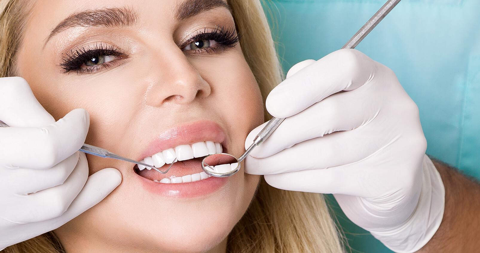 Upgrade your smile with porcelain teeth veneers Azusa, CA